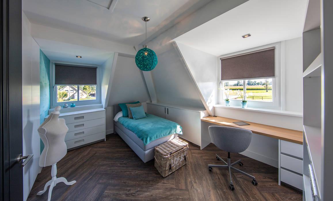 Girlsroom:  Kinderkamer door Medie Interieurarchitectuur