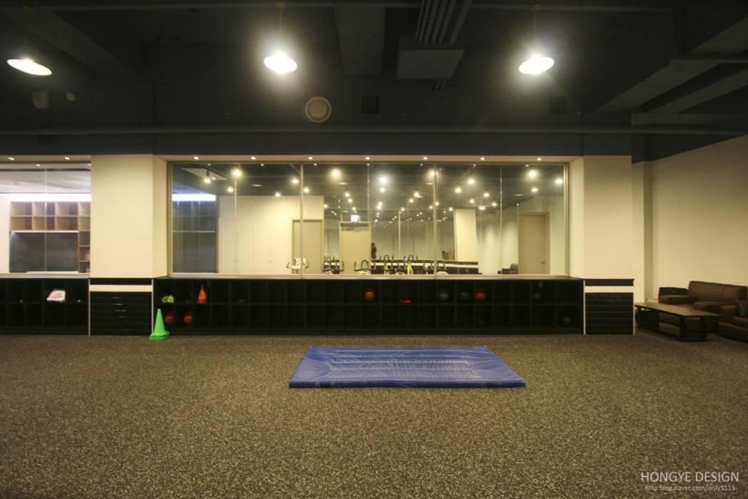 Scandinavian style gym by 홍예디자인 Scandinavian