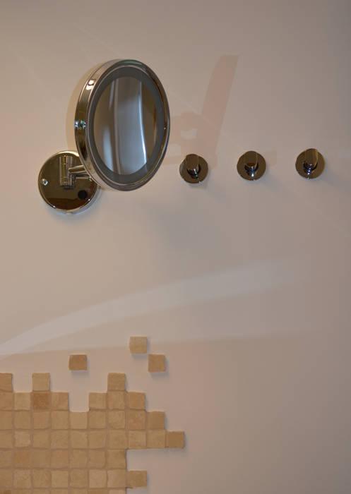 Beleuchteter kosmetikspiegel: badezimmer von wohnideen ...