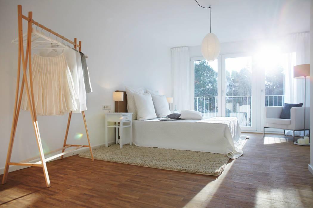 現代  by Home Staging Bavaria, 現代風 木頭 Wood effect