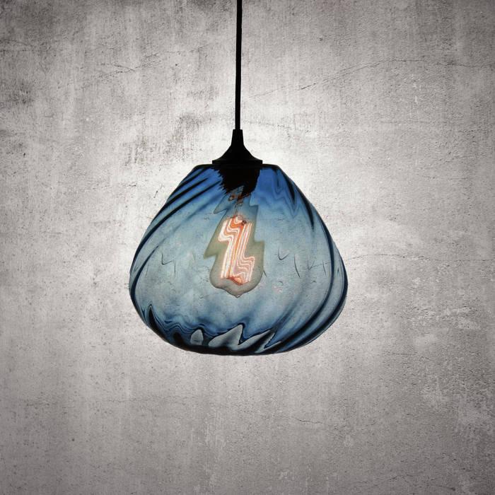 Twisters Azul: Cocinas de estilo moderno por Luminosa ™