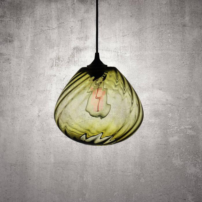 Twisters Olivo: Estudios y oficinas de estilo moderno por Luminosa ™