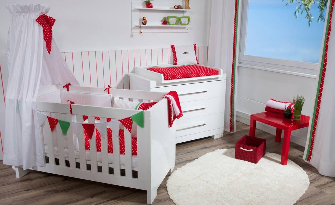 Quarto de crianças  por Kidsroomstyle/KRS-Design,