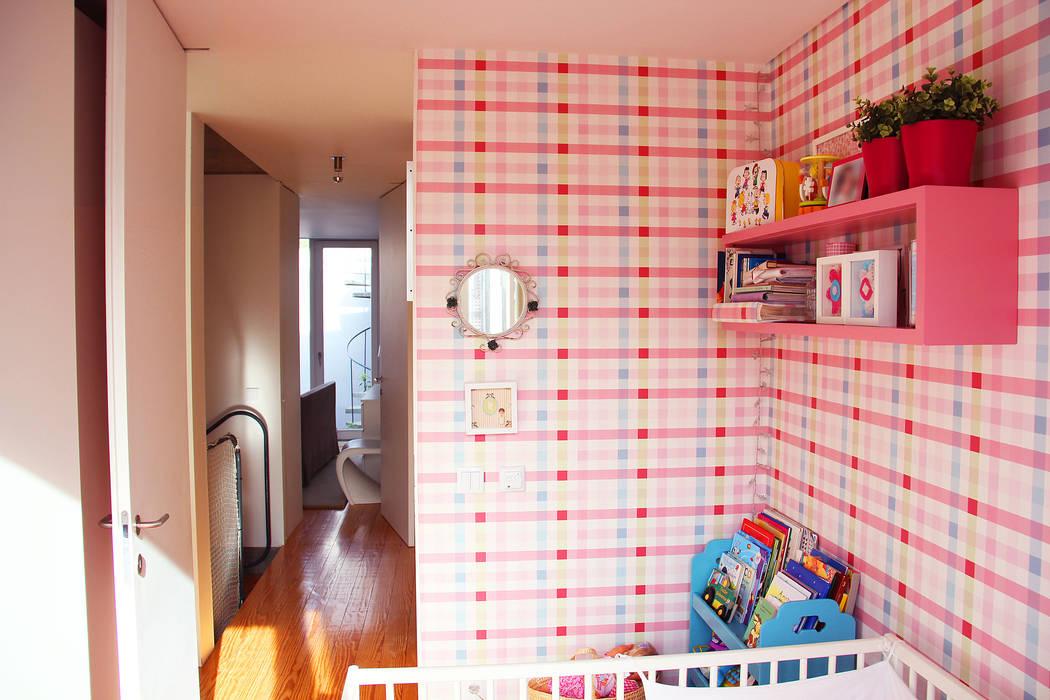 MOOPI - Arch + Interiors Chambre d'enfant moderne