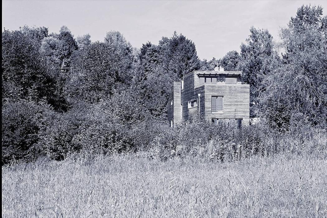 Fürst & Niedermaier, Architekten Rustic style house Wood