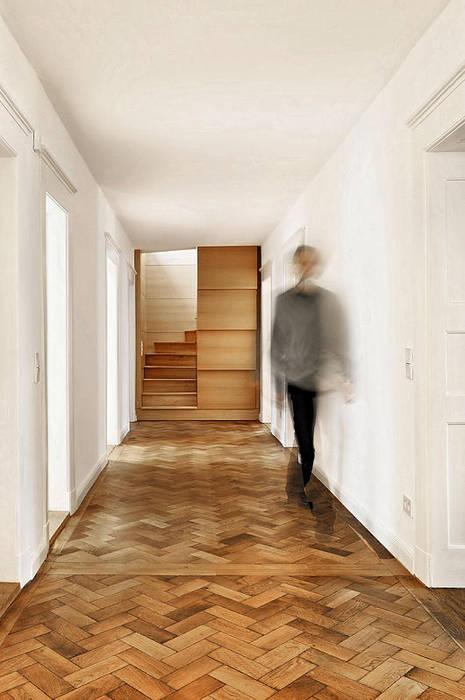 Treppe Fürst & Niedermaier, Architekten Moderner Flur, Diele & Treppenhaus Holz