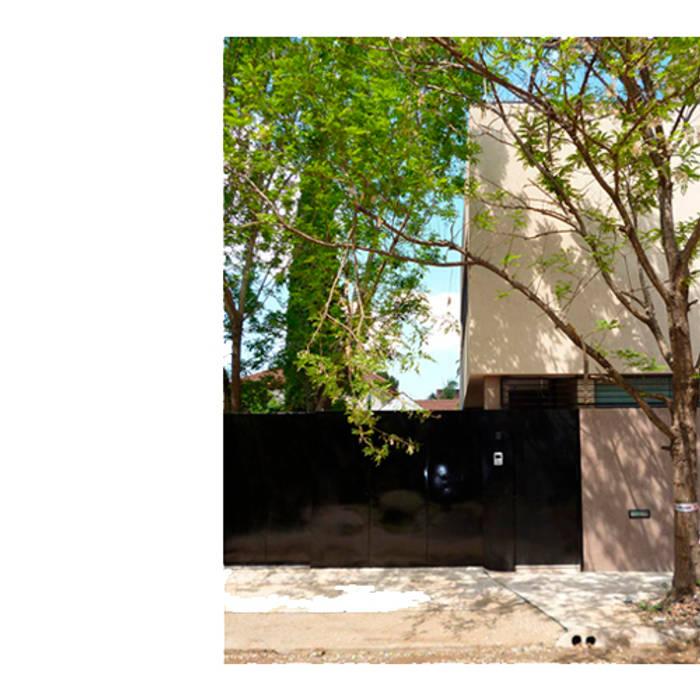 CASA TIGRE Casas modernas: Ideas, imágenes y decoración de GB Arquitectos Moderno