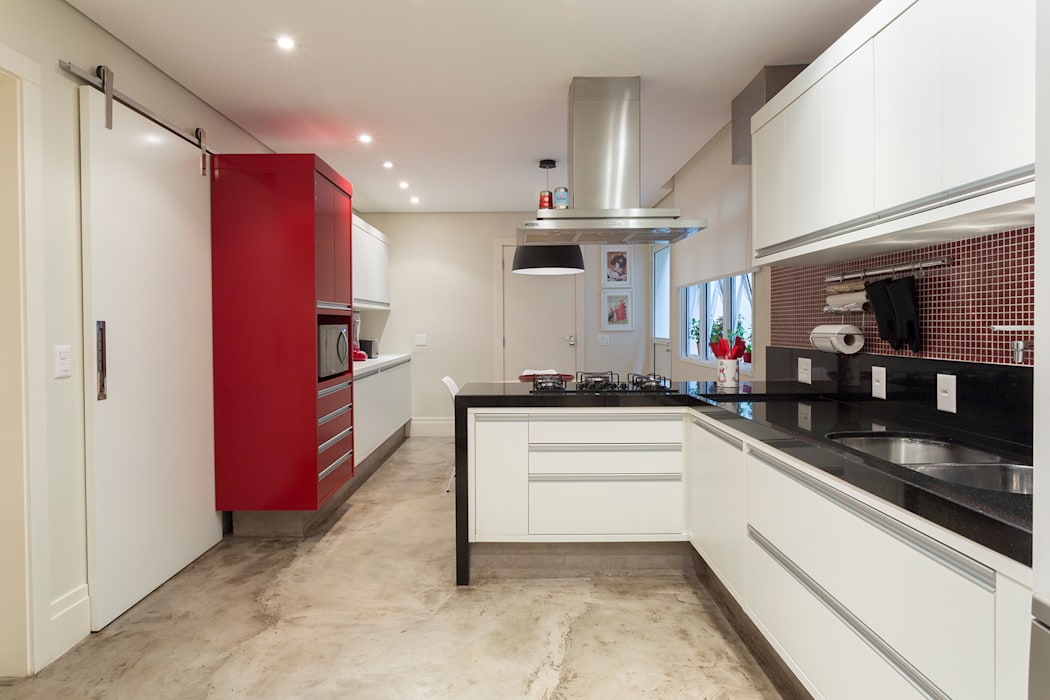 Modern Kitchen by Danielle Tassi Arquitetura e Interiores Modern