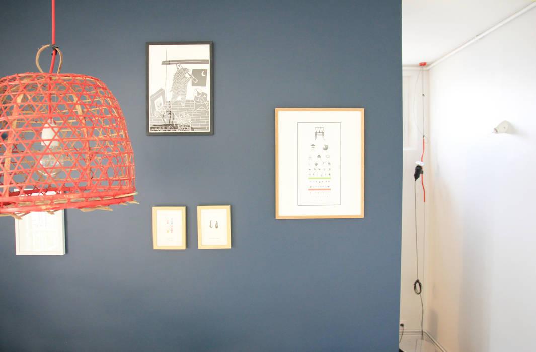 Appartement Clamart - Salon après chantier: Salon de style de style Moderne par * aurelie.rubin-chabrier . architecture . architecture intérieure .