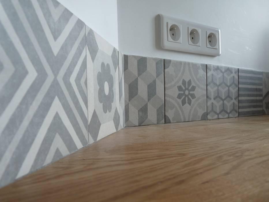 Crédence et plan de travail: Cuisine de style de style Moderne par Thomas JENNY