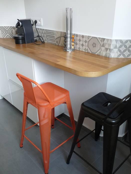 現代廚房設計點子、靈感&圖片 根據 Thomas JENNY 現代風