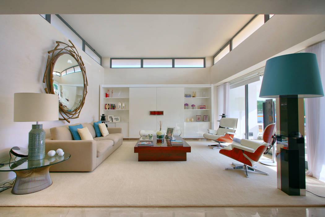 Living room by Silvia Costa    Arquitectura de Interiores, Modern