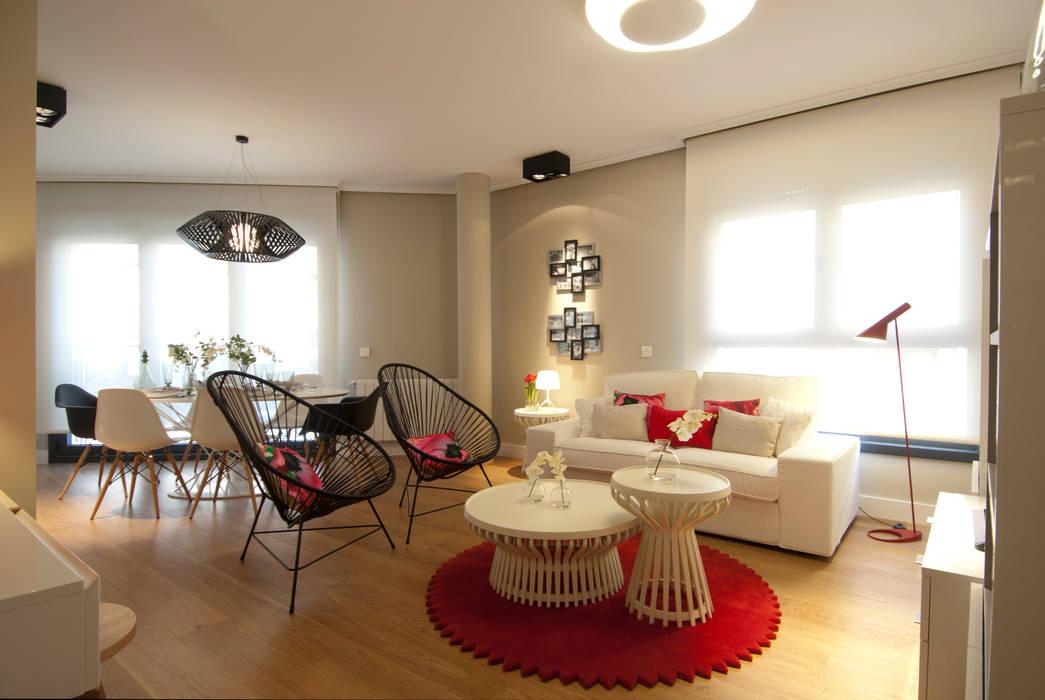 Living room by Sube Susaeta Interiorismo
