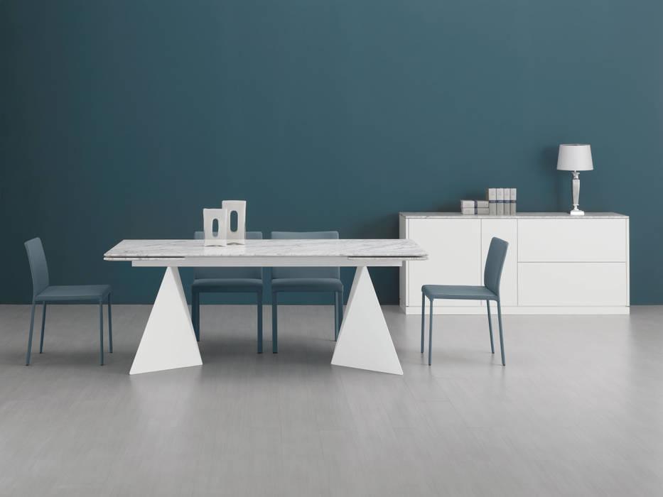 Sala de jantar  por LUIGI SEMERARO design