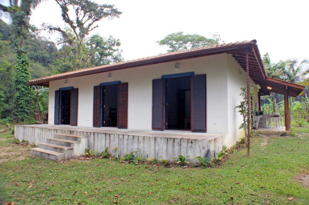 Casas de estilo  por RAC ARQUITETURA, Colonial