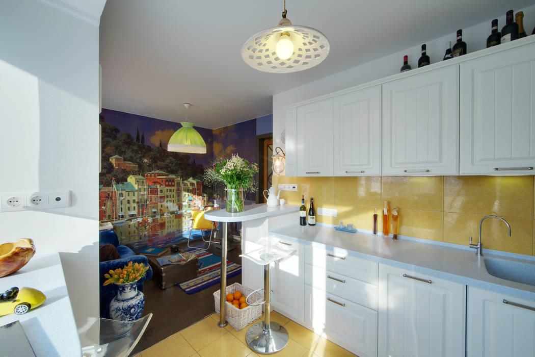 Дом дизайнера Кухня в рустикальном стиле от Порядок вещей - дизайн-бюро Рустикальный