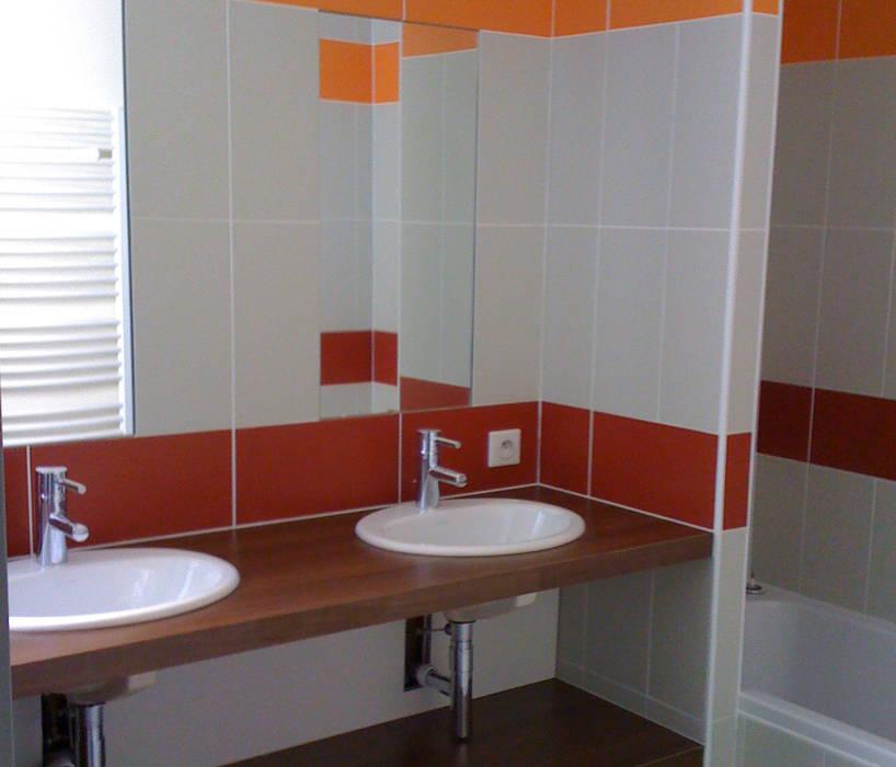 Seconde salle de bains: Salle de bains de style  par Kauri Architecture