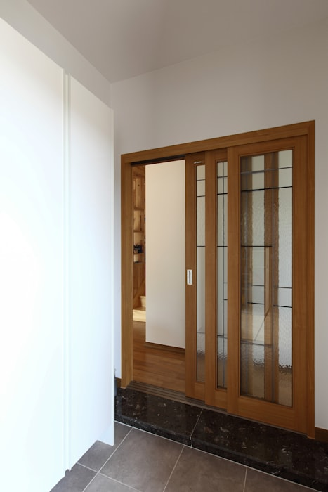 Modern Windows and Doors by homify Modern