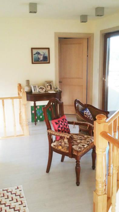 Comedores de estilo mediterráneo de 21c housing Mediterráneo