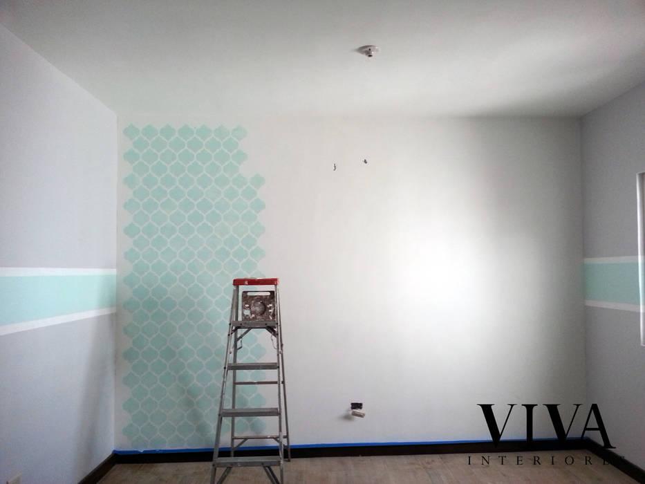 Dormitorios infantiles de estilo minimalista de VIVAinteriores Minimalista