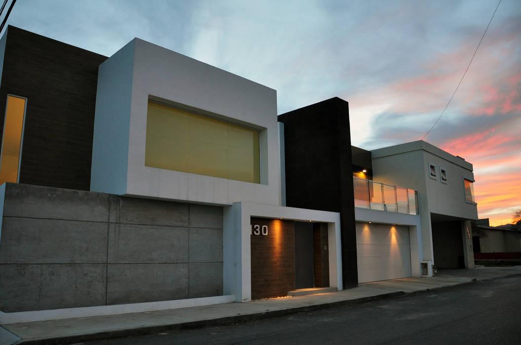 Fachada principal Casas modernas de fc3arquitectura Moderno