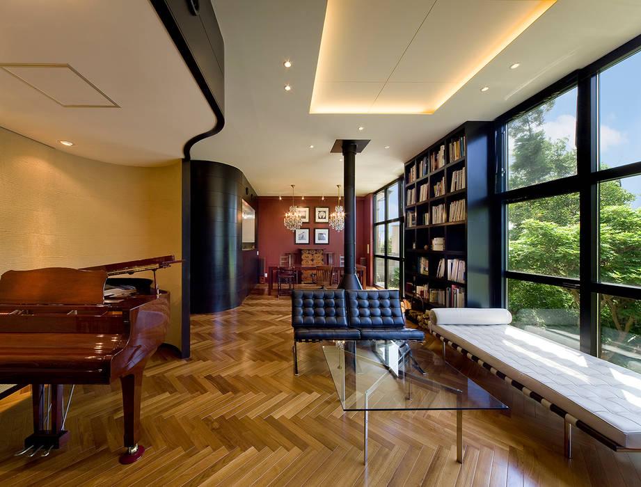 モリモトアトリエ / morimoto atelier Living roomFireplaces & accessories Iron/Steel Black