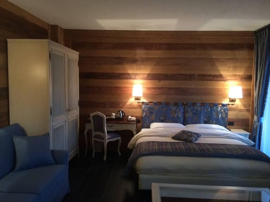 Interni di abitazioni camera da letto in stile di for Interni abitazioni
