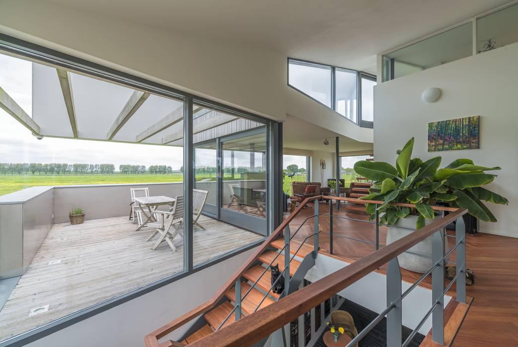 Villa Lutkemeer MAS architectuur Moderne woonkamers