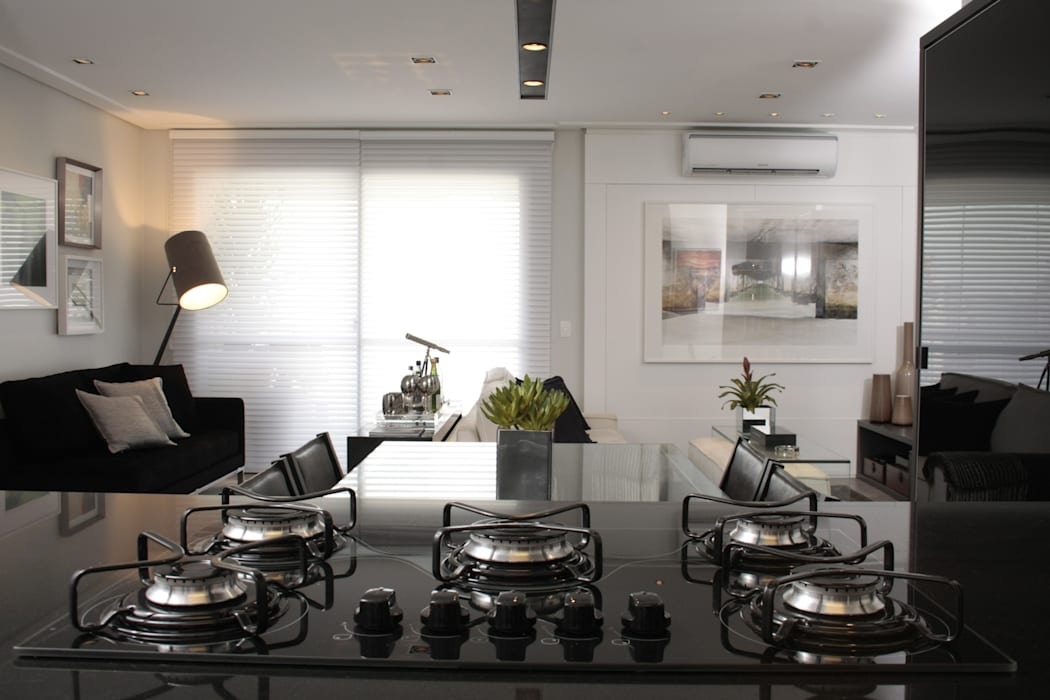 Modern kitchen by Fernanda Moreira - DESIGN DE INTERIORES Modern MDF