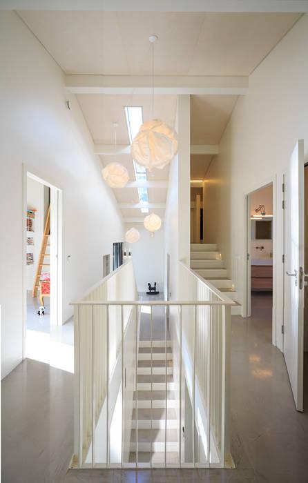 โดย J.O.N.G.architecten
