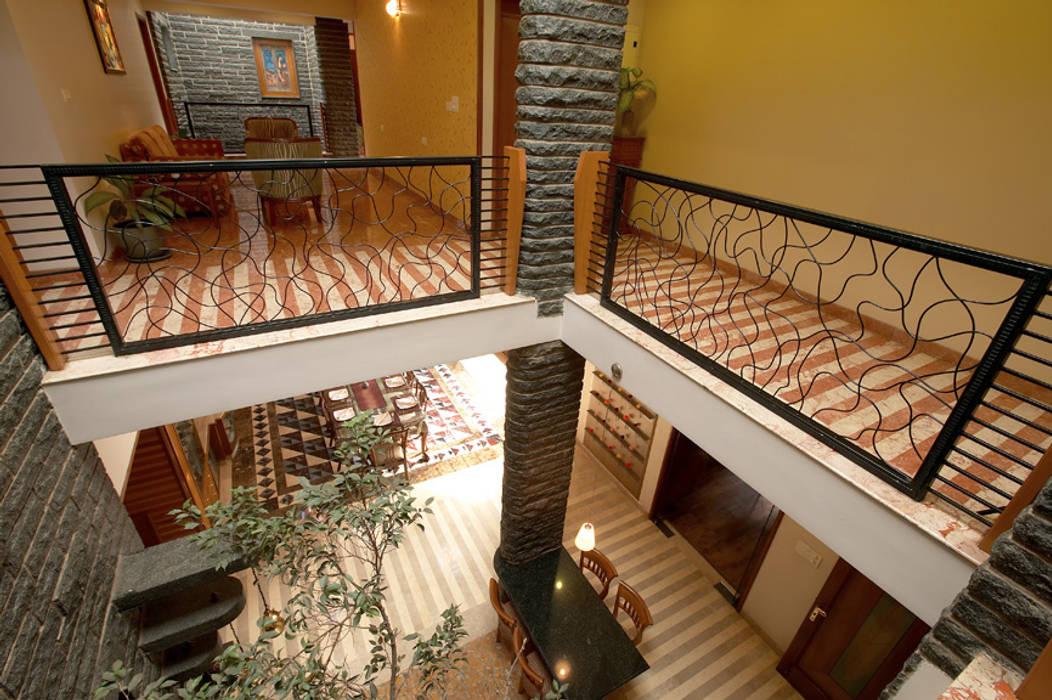 Residence Sangeeta Asian style corridor, hallway & stairs by Kumar Consultants Asian
