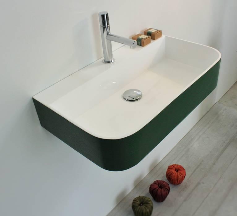 Baños de estilo moderno de Irtem Moderno