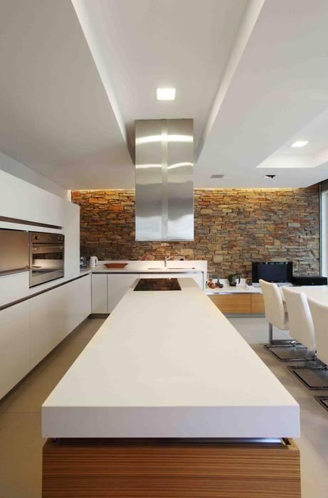 Remy Arquitectos Cocinas de estilo moderno