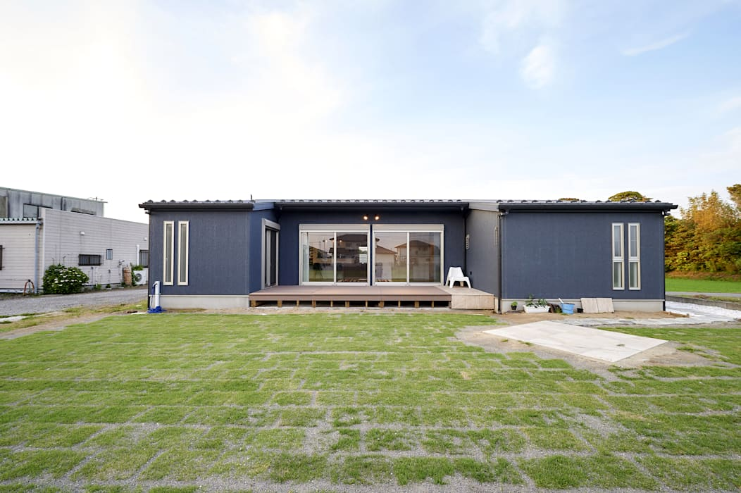 Casas de estilo rural de 株式会社スタジオ・チッタ Studio Citta Rural