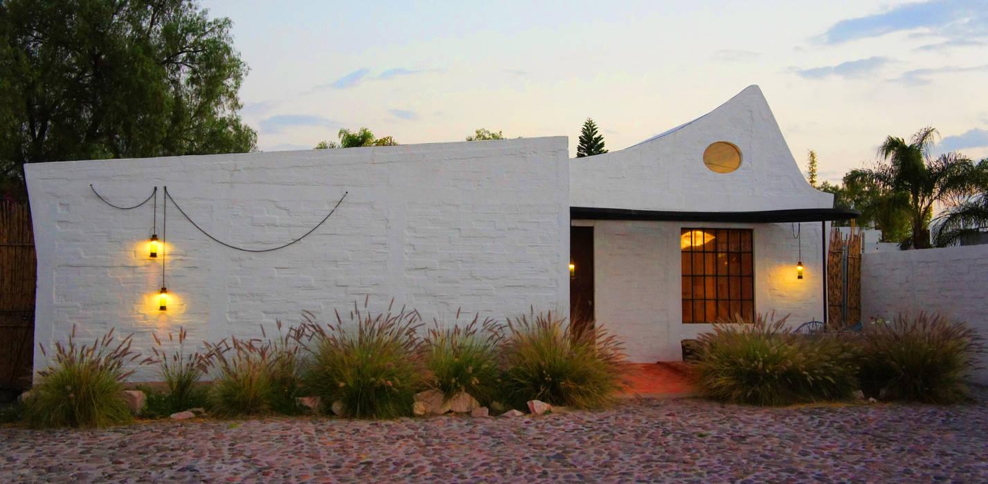 Casas de estilo moderno de Juan Carlos Loyo Arquitectura Moderno