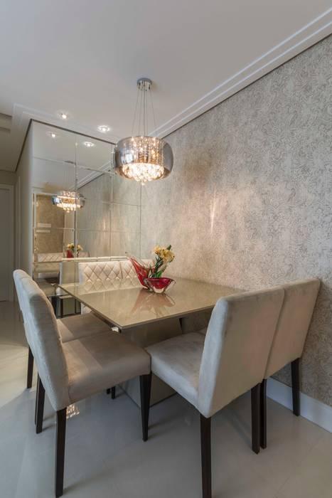 Comedores de estilo moderno de Silvana Borzi Design Moderno