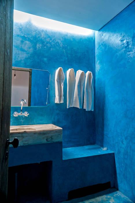 Bathroom by homify, Industrial