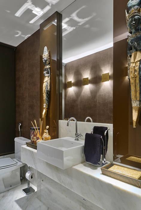 Apartamento GL Banheiros modernos por Isabela Canaan Arquitetos e Associados Moderno