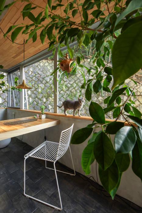 Hiên, sân thượng phong cách hiện đại bởi Nobuyoshi Hayashi Hiện đại