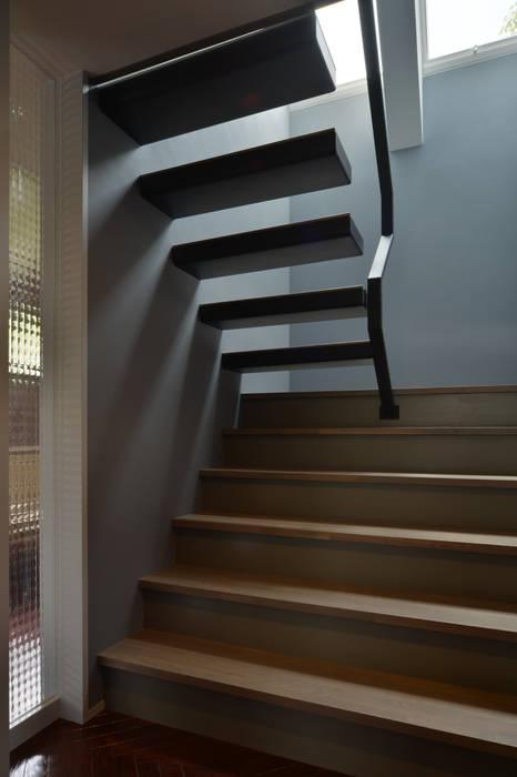 Moderne gangen, hallen & trappenhuizen van Nobuyoshi Hayashi Modern