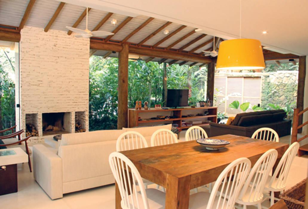 ห้องทานข้าว โดย RAC ARQUITETURA, ชนบทฝรั่ง