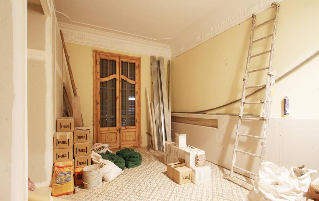 Scandinavian style bedroom by OAK 2000 Scandinavian