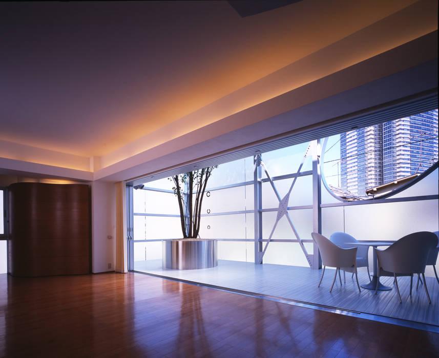 Moderne Wohnzimmer von Guen BERTHEAU-SUZUKI Co.,Ltd. Modern