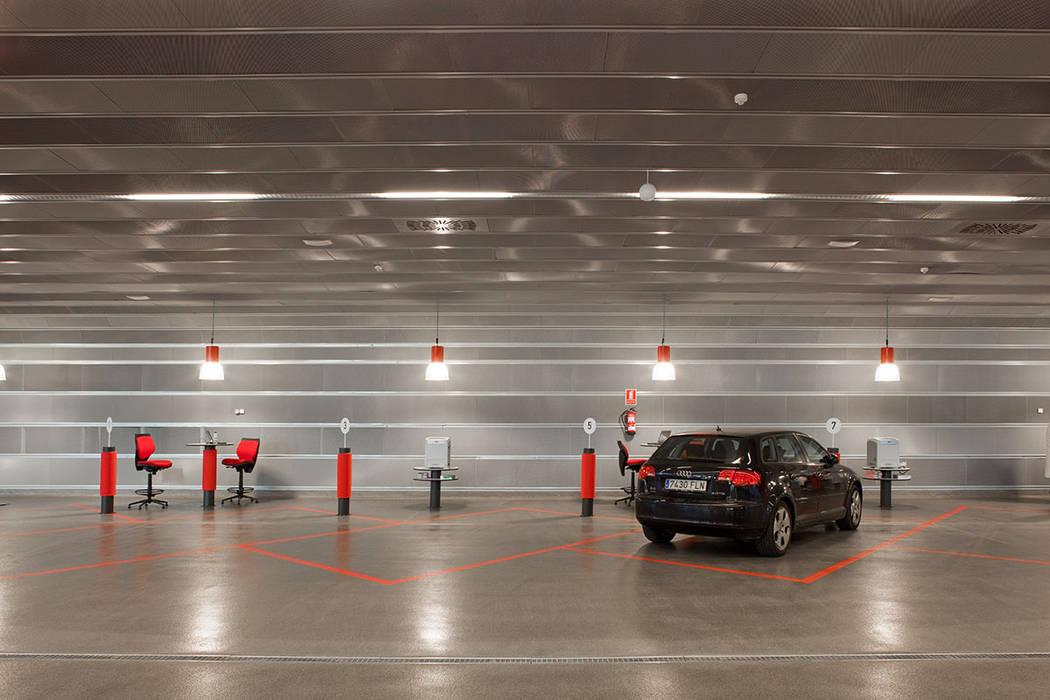 Car Dealerships by Beriot, Bernardini arquitectos,