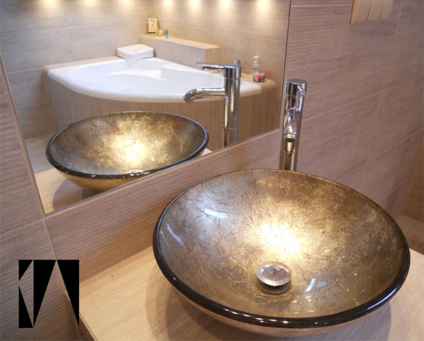 Modern style bathrooms by Katarzyna Wnęk Modern