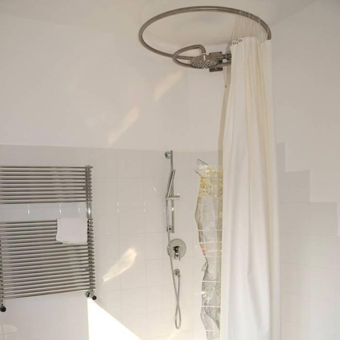 Appartamento I+R: Bagno in stile in stile Minimalista di STUDIO TIZIANA GERARDI