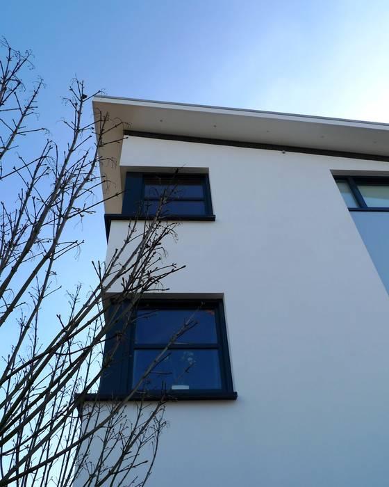 Casas de estilo  por ARCHITECTENBUREAU WILLEM DE GROOT, Moderno