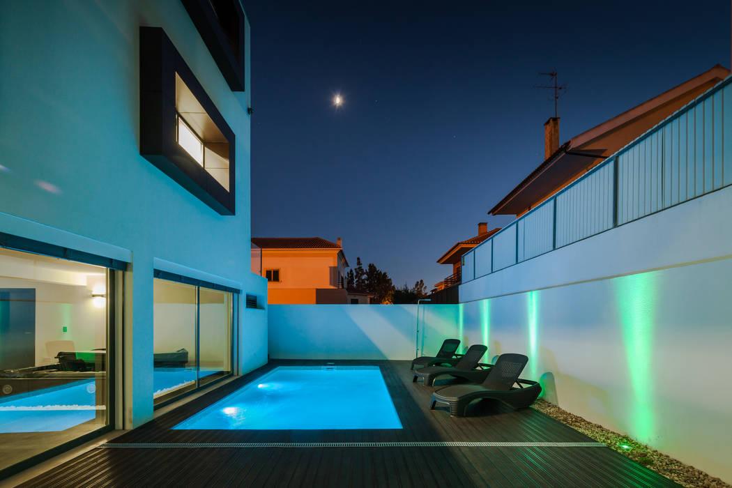 Piscinas de estilo moderno de JPS Atelier - Arquitectura, Design e Engenharia Moderno