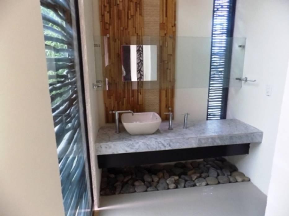 Baños de estilo  por bello diseño!, Ecléctico