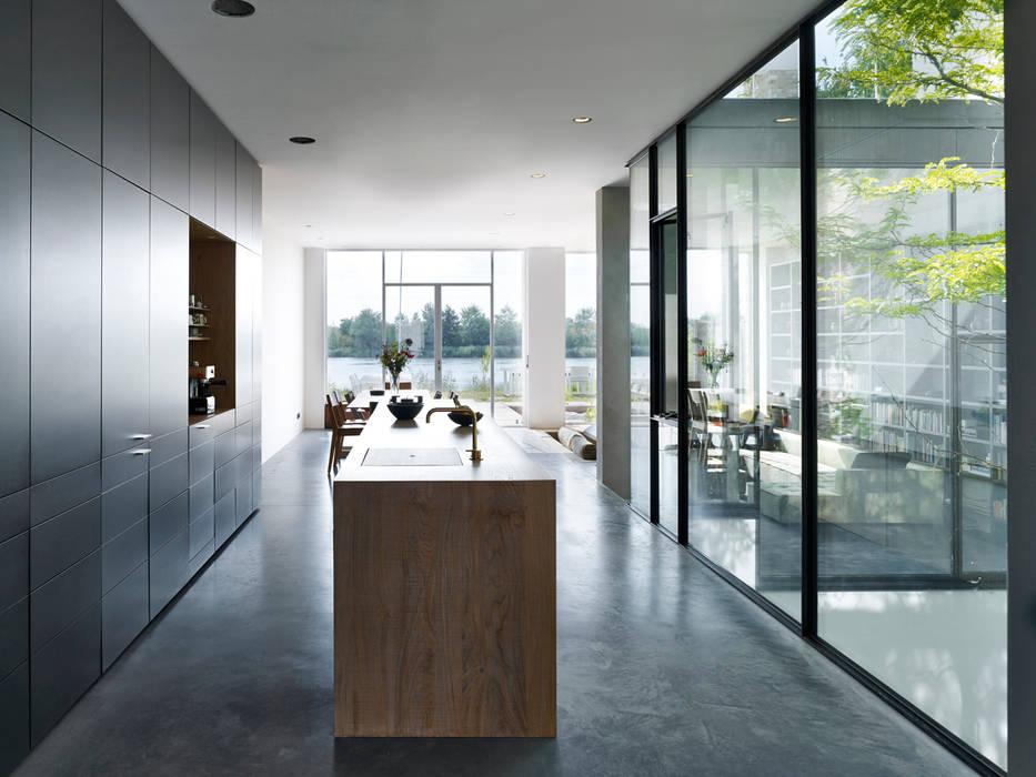 keuken en woonkamer Minimalistische huizen van office winhov Minimalistisch